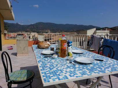 Notre petit déjeuner en terrasse