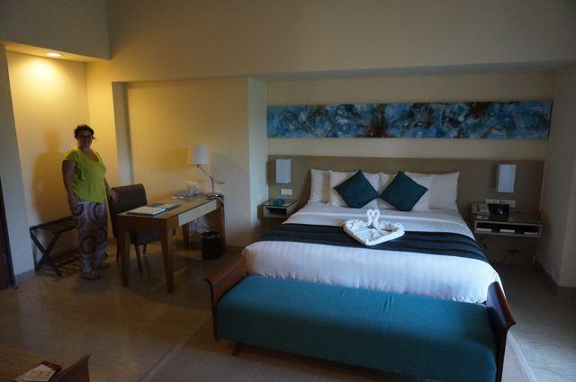 Belle chambre en marbre assez chic