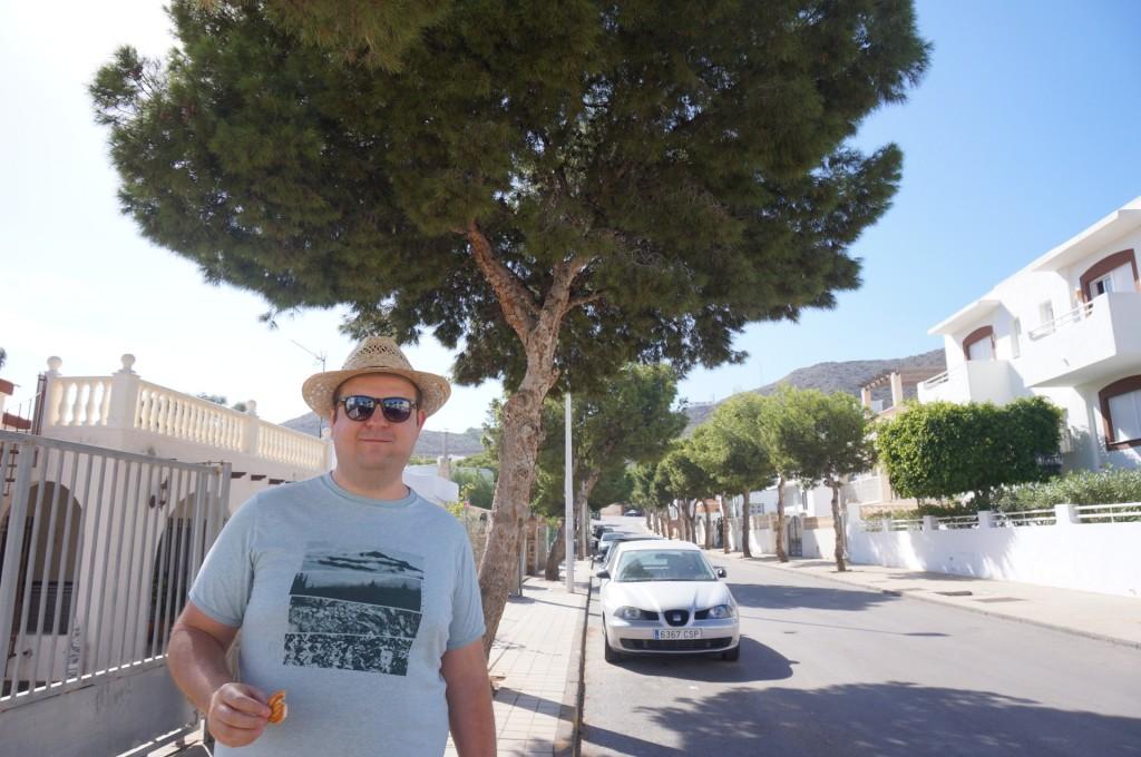 Cabo De Gata - Après une mini insolation , un est aller m'acheter un chapeau